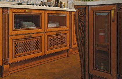 Классическая кухня Мадейра с фасадами из массива натурального ясеня