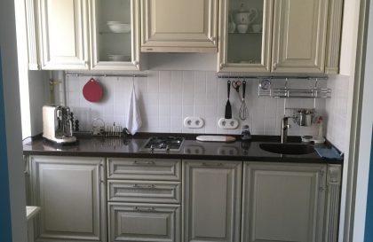 Кухня Новара с фасадами из массива ясеня