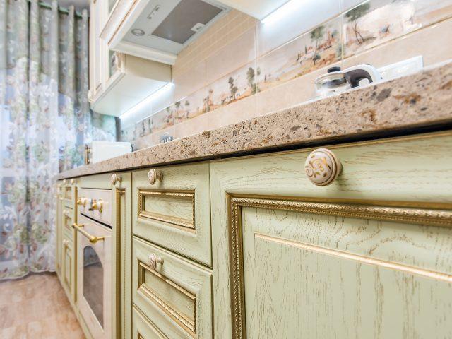 Классическая кухня из массива дерева Флоренция