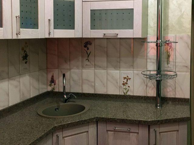Угловая кухня Флавия с фасадами из массива дуба