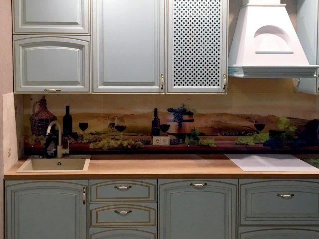 Прямая кухня Леман с фасадами из массива
