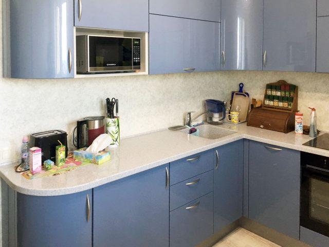 Угловая Кухня Alva + Onda с фасадами из МДФ