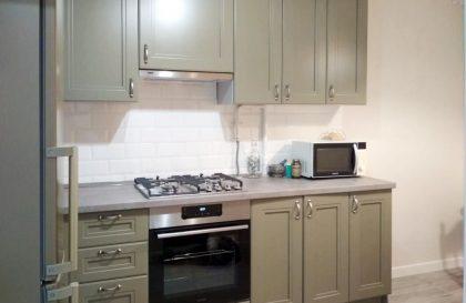 Кухня с рамочными фасадами из МДФ Алвалайн Топаз